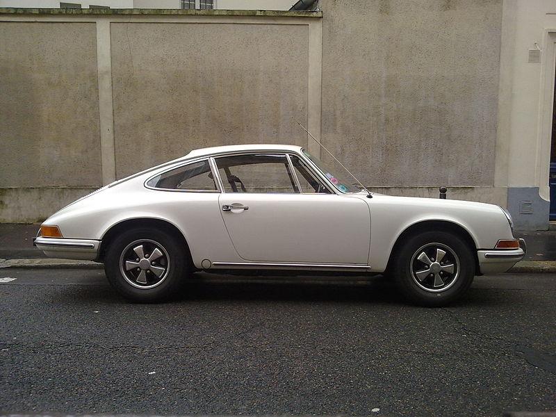 800px-Porsche_912_Side_view